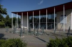 StadtKunstTouren, Kunstmuseum Mülheim, Diethelm Koch, Mülheimer Gruppe, 1992, Brunnenanlage, Stahl - Kunstmuseum Mülheim, Copyright 2019 Foto: Ferdinand Ullrich, Recklinghausen, Copyright VG Bild-Kunst, Bonn 2019