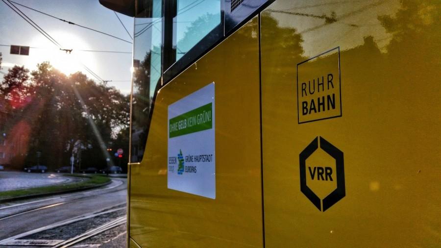 Mitteilungen, Informationen und Hinweise der Ruhrbahn Mülheim. Busse, Bahnen, Tram-Linien, Hauptbahnhof, Haltestellen - Ruhrbahn
