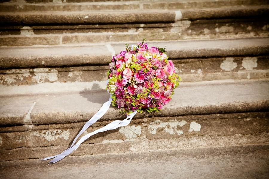 Brautstrauß, Brautpaar, Eheschließung, Trauung, Heirat, Hochzeit, Standesamt - Pixabay