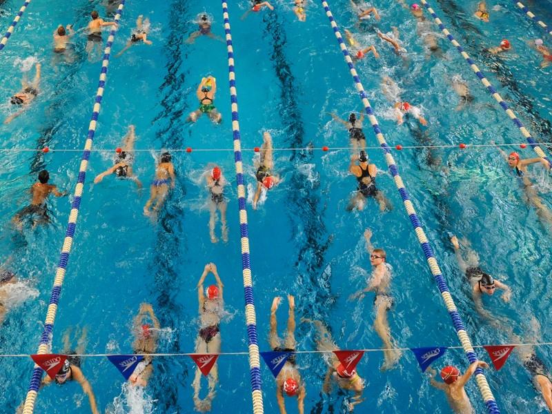 Schwimmbad, Hallenbad Süd. 23.09.2012 Foto: Walter Schernstein