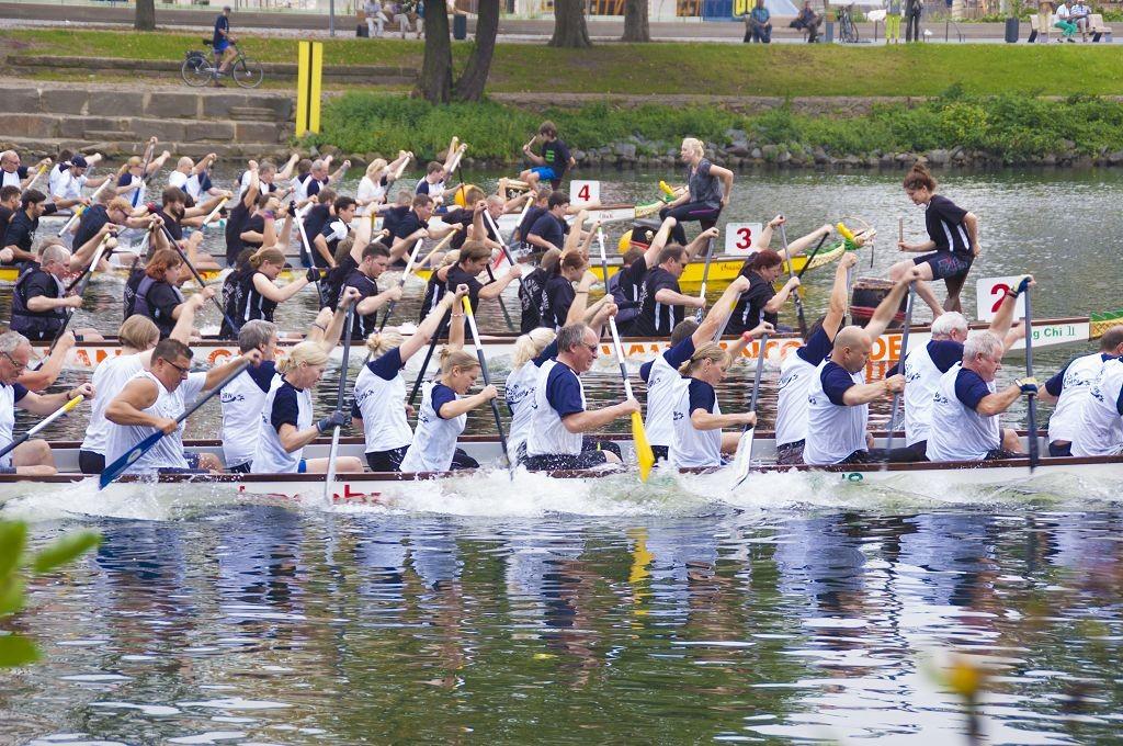 Bei optimalen Wetterverhältnissen haben sich am 6. und 7. September 101 Teams aus Politik, Vereinen, Verbänden und Schulen beim 18. Drachenboot-Festival spannende Rennen geliefert.
